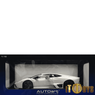1/18 Scale Autoart - Lamborghini Revention (Matt White)